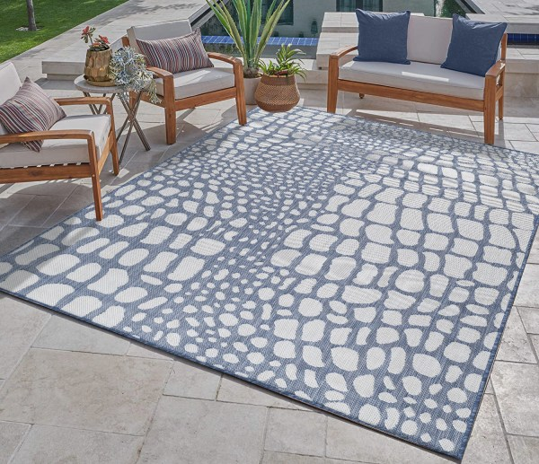 Waikiki Collection Indoor/Outdoor Pebbles Area Rug - Blue & White