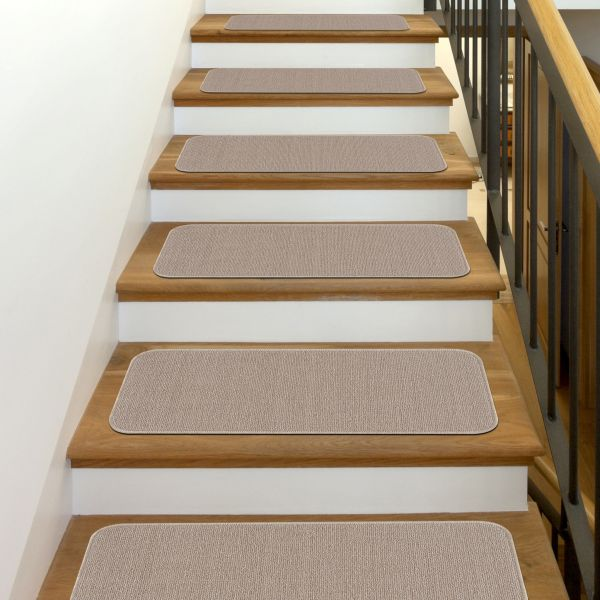 """Beverly Rug Solid Color Indoor Carpet Stair Treads 8.5""""x26"""" Beige"""