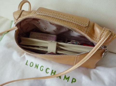 LongchampCrossbody05