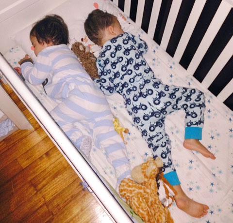 KidsSleepingTogether