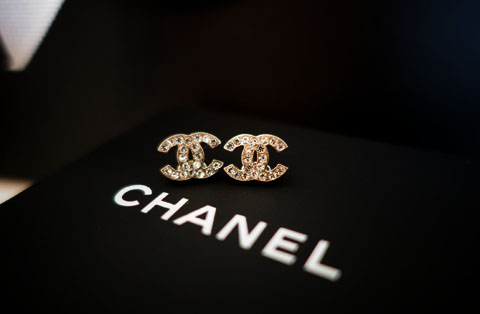 ChanelStudEarrings02
