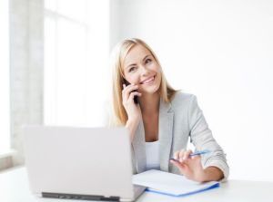 4 Tips To Connect With Your Ideal Clients (on your website and in your marketing), Create A Freakin' Awesome Elevator Speech, betsy kent, bevisible, be visible