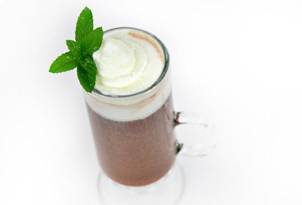 fernet menta hot chocolate