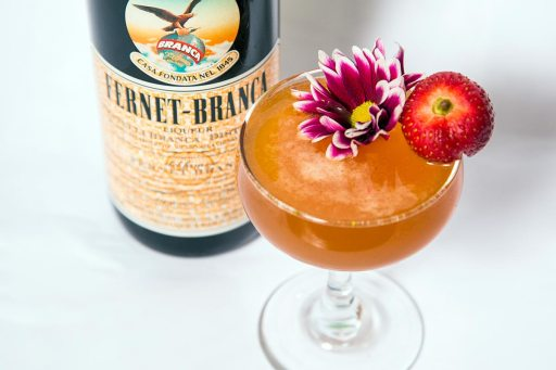 10 Gorgeous Mother's Day Cocktails