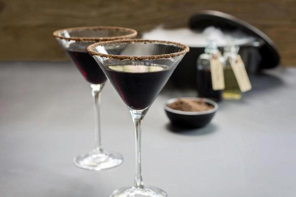 15 Halloween Cocktails That Are Scary Delicious