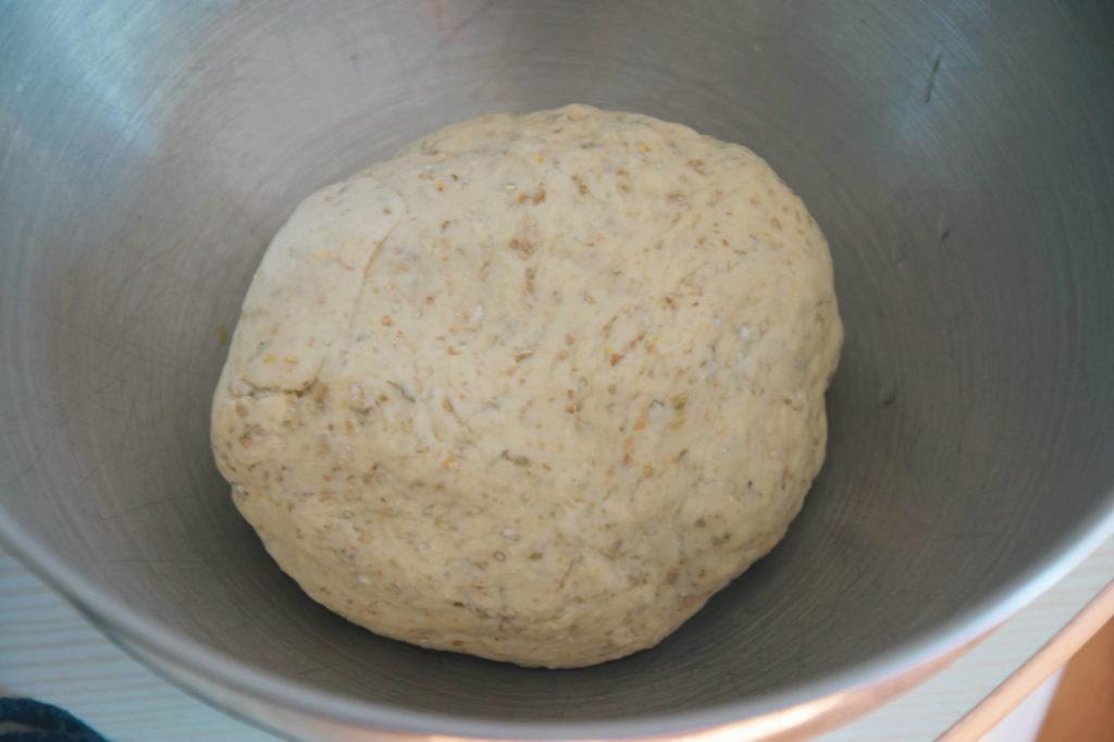 chleb rwany chlebek ziolowy ciasto pizzowe tymianek zioła herbs bread kruh hleb thym recipe przepis słowiański drożdzze ciasto proste łatwe drożdzowe