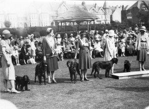EGE-016 - Dog show Egerton Park, Bexhill c1930