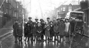 SID-032 - Sidley Kids, Sidley Street, Sidley 1920s