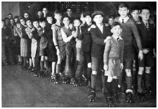 KUR-012 - Kursaal Roller Skating (Bex. Obs. 11-1-1936)