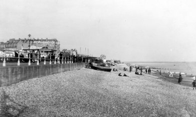BWP-031 - West Parade & Beach - Sept-1927