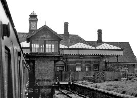 BW-039 - Bexhill West station concourse, No 2 signal box and platform 3 seen from a waiting DEMU in May 1964.