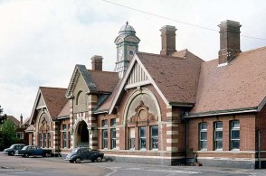 BW-064 - Bexhill West station forecourt in 1973.