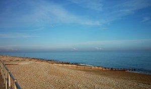 BBE-024 - Bexhill beach 12.4.2016