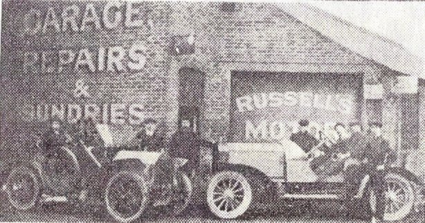 RU-001 - Early view of Louis Russell's London Road workshop and vehicles c1896