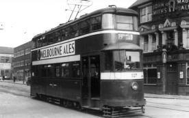 527 exLT2075 MET329 serv 17 to Harehills Lane 1950s