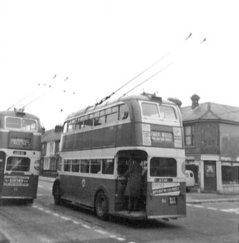 62 LCD62 serv to Barming, 86 BDY809 to Park Wood