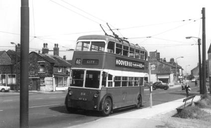 814 BDY820 service 46 to city centre @ Wibsey terminus 13-7-1963