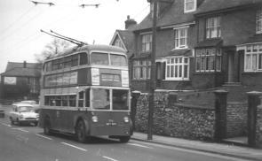86 BDY808 Sutton Rd service