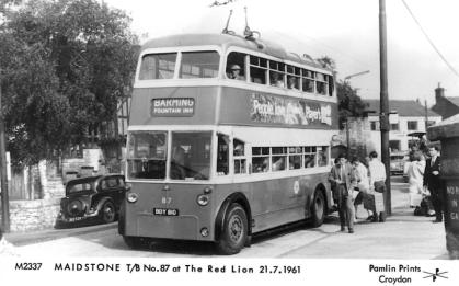 87 BDY810 serv to Barming @ The Red Lion 21-7-1961