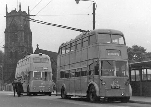 870 XDH70 new, 307 BDY813 Wolverhampton serv @ Willenhall 11-6-1961