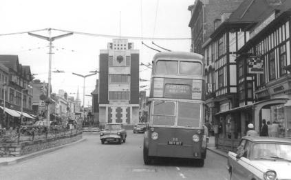 88 BDY817 serv to Barming in High St 20-6-1964