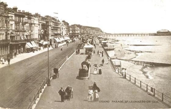 Grand Parade St Leo looking east pc 28-4-1927