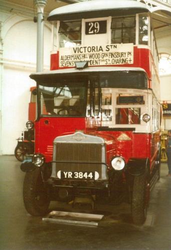 NS1995 YR3844 AEC for General b1927 w-d1937, Covent Garden Mus 17-9-1983