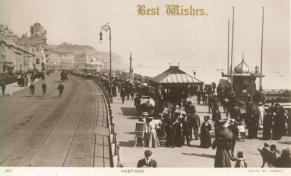 White Rock Parade looking east pc 24-12-1907