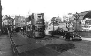 110 route 60 to Dulwich Library @ Southwark bridge terminal, post-war