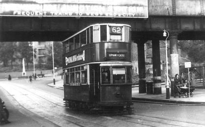 126 route 62 to Elephant & Castle @ Lewisham Junc stn, post-war