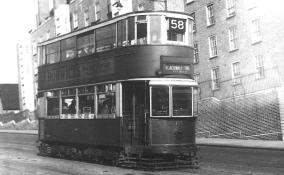 135 route 58 to Blackwall Tnl on Dog Kennel Hill, post-war