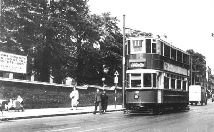 140 route 11 to Highgate @ Holloway Depot junc 25-7-1938