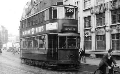 154 route 58 to Blackwall Tnl @ Victoria, postwar