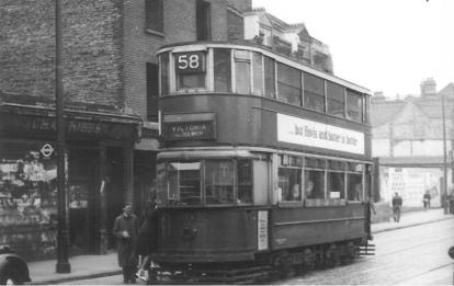 154 route 58 to Victoria @ Greenwich, post-war