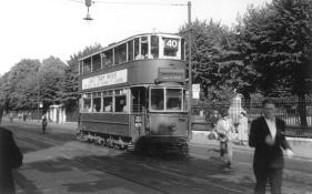 176 E3 class serv 40 to Savoy St