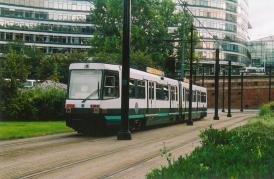 2car tram leaving London Rd Piccadilly stn