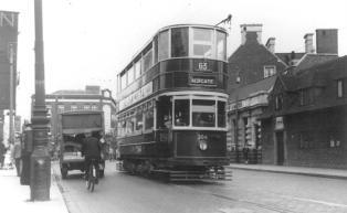 304 route 63 to Aldgate pre-war