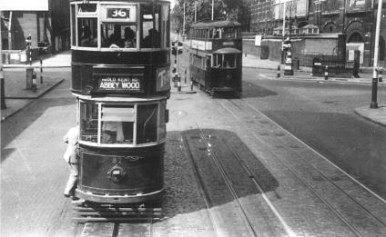 82 route 36 to Abbey Wood, Feltham 2102 route 16 @ Blackfriars Junc 10-7-1949