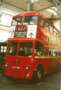 Trolley 1253 front & nearside view Covent Garden Mus 17-9-1983