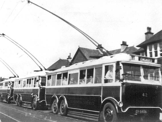 Trolley 42 + 2 thers, excursion c1928