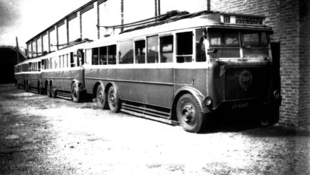 Trolley 56 DY5583 + 3 others, Silverhill Dep 19-3-1949