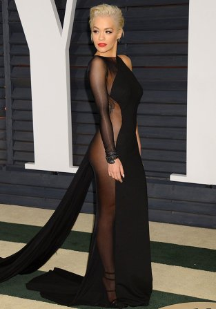 Giving us all a glimpse of her derrière and getting the internet talking at the same time, this was a huge style moment for Rita and one that she will be remembered for. Vanity Fair Oscar Party, February 2015.