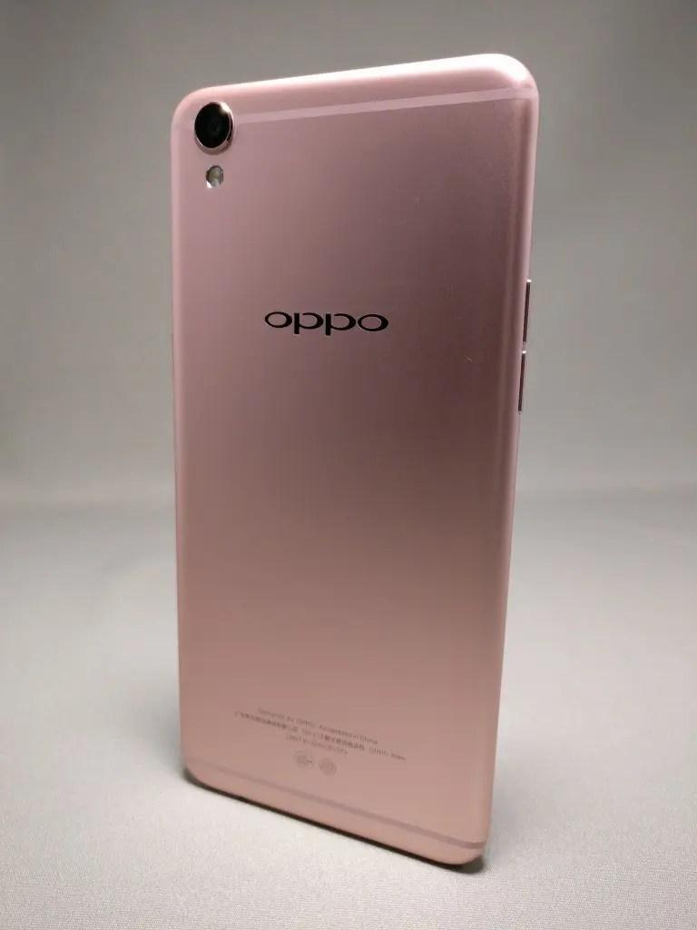OPPO R9 裏 4