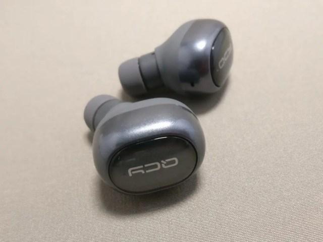 QCY Q29 完全分離型 両耳 Bluetooth ワイヤレスイヤホン 側面