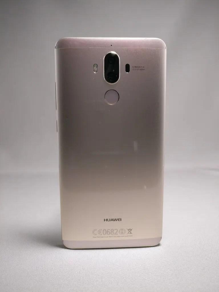 Huawei Mate 9 ゴールド 外観 裏面 正面 2