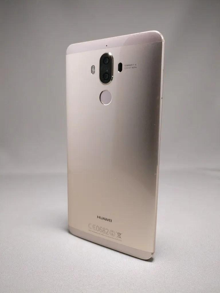 Huawei Mate 9 ゴールド 外観 裏面 8
