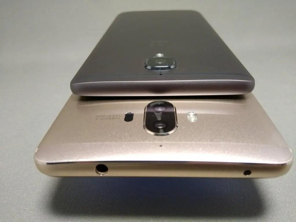 OnePlus 3TとHuawei Mate9を並べて撮影 裏面 カメラ部分 斜め上