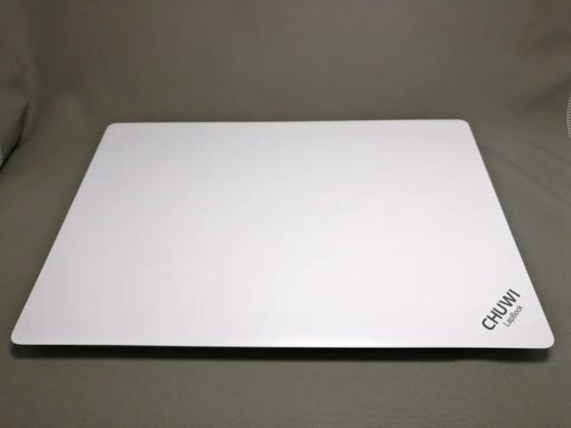 Chuwi Lapbook フタを閉じた状態