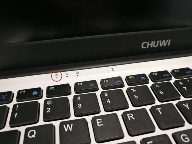 Chuwi Lapbook Notebook 電源ランプ