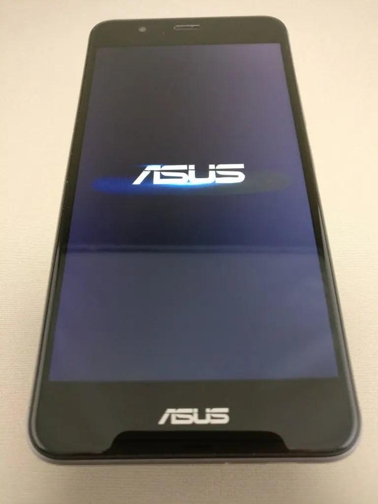 ASUS Zenfone Max 3 起動2